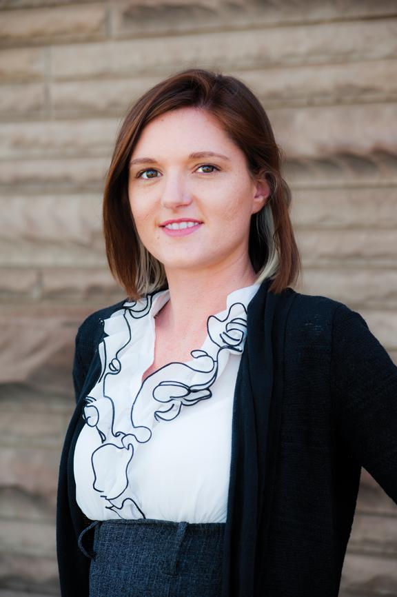 Sarah Simmons : General Manager